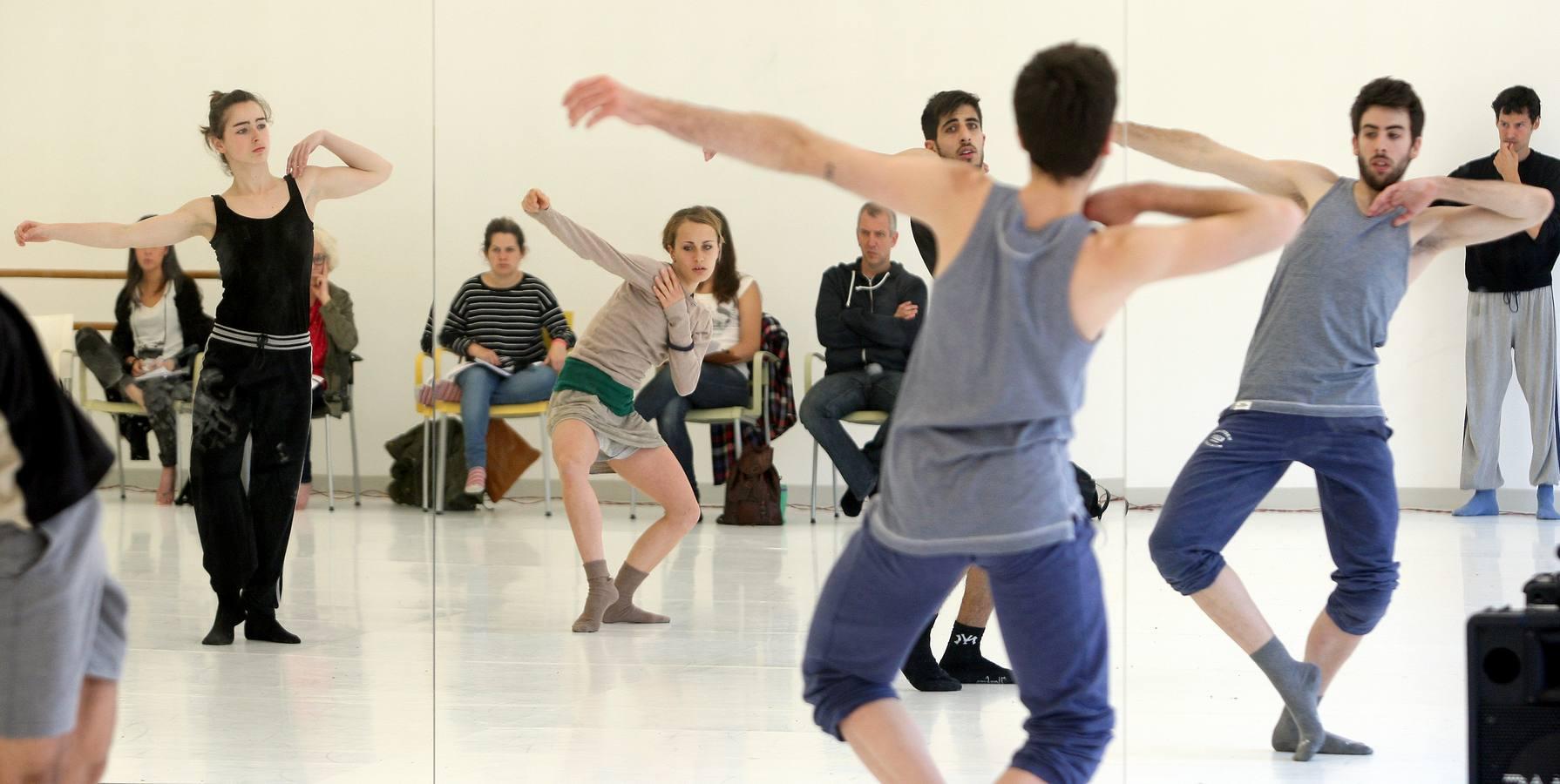 Encuentro de danza con Iker Arrue